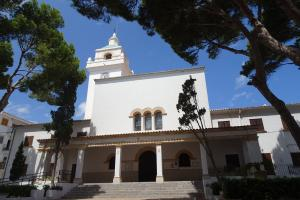 Die Dorfkirche von Cala Ratjada
